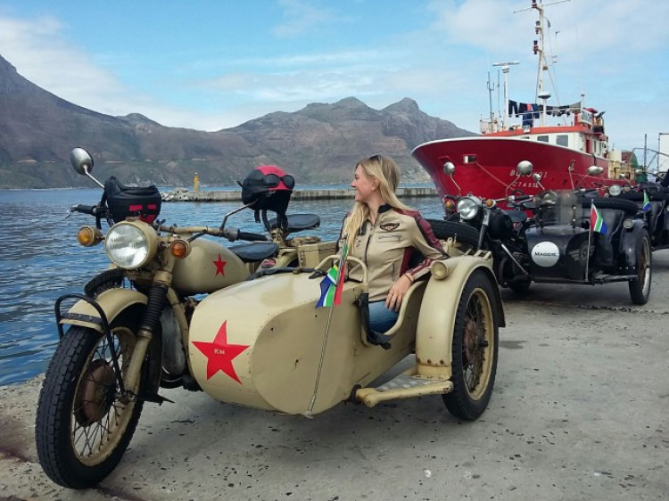 Cape Sidecar adventures offers sidecar tours in Cape Town and the Cape Winelands, South Africa.
