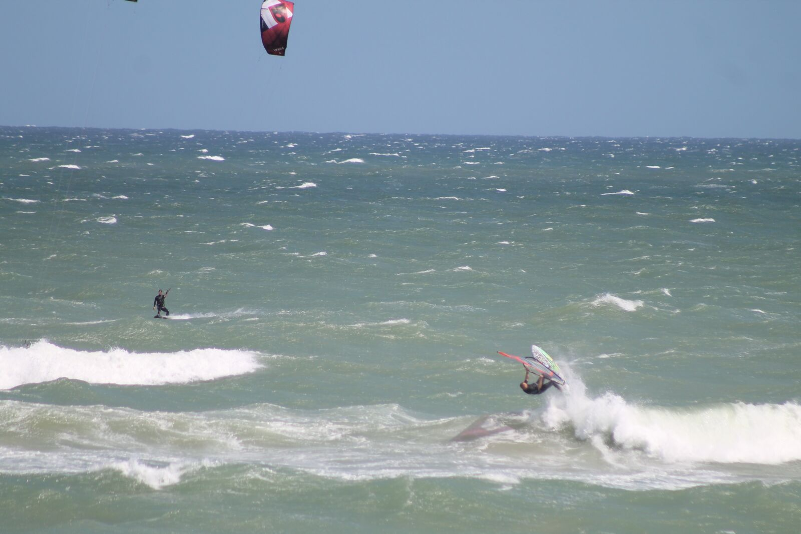 J Bay Wind - Kitesurfing