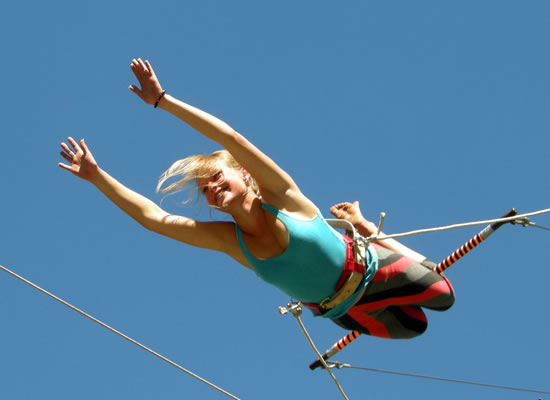 All Out Adventures - Flying Trapeze