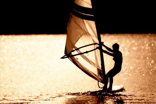 J Bay Wind - Windsurfing