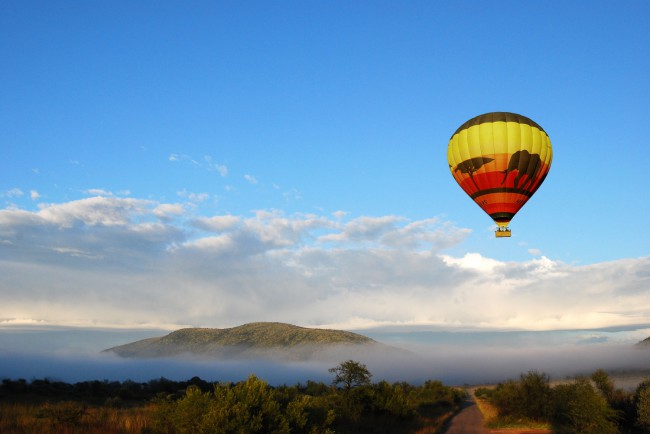 Mankwe Gametrackers - Hot Air Ballooning